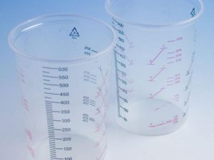 Calibrated 600cc Clear Poly Mixing Cups (Box Of 1000)-0